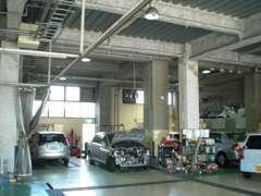 中国運輸局指定工場の本社工場です(^^)