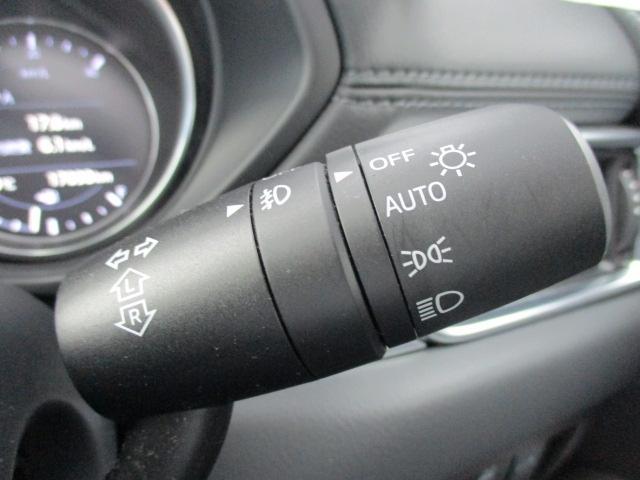 便利なオートライト!トンネル走行時など自動的にライトが点灯!もちろんキー連動なのでキーをおOFFにすると消灯します!ライトの消し忘れも起きません!!これは便利!!