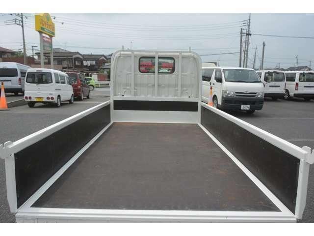 業販のお客さまも車両によりけり可能ですのでお気軽にご連絡ください。お問い合わせはフリーダイアル0066-9711-212393にてお願い致します。