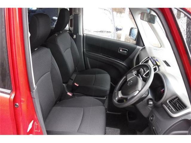 座り心地の良いフロントシートです。