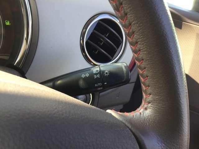 オートライト機能でヘッドライトの付け忘れや消し忘れを防止できる!