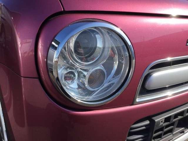 ディスチャージヘッドライト装着車!