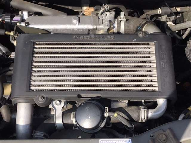 エンジンは、名機JB-DETツインカムタイミングチェーンターボエンジンを搭載!
