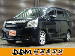 トヨタ ノア 2.0 Si 左パワスラ/HDDナビ/レザー調シートカバー