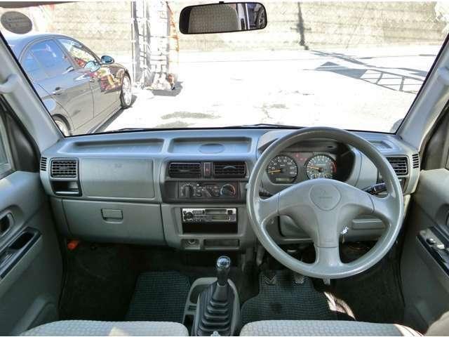 運転席からの視界が良く操作性の良いタウンボックス!車内広々空間!バンやトラックとは違い快適な装備たち!