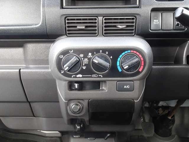 エアコンで車内はいつでも快適空間です。