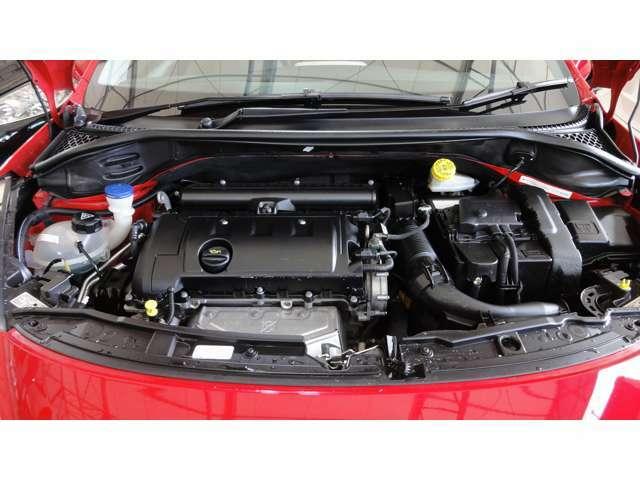 1600CCエンジン、タイミングチェーン式
