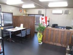 当店はリラックスできる環境を心掛けて店内の雰囲気も落ち着いた空間となっております。新規のお客様でもお気軽にお立ち寄りOK