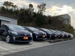 本社展示場にはお買い得なハイブリッド車をメインに展示しています。