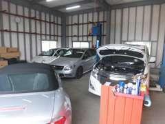 輸入車まで幅広く整備のことならお任せ下さい。