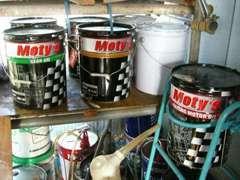 『Moty's』オイルのことなら、当店へ!オイル交換だけでも、大歓迎です!