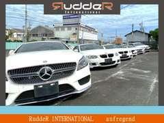 販売車両はポルシェ・BMW・メルセデスベンツが中心です。常時展示してありますので、ぜひお越しください!