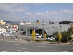アウディ認定中古車(Audi Approved Automobile)専門店です。高年式・低走行距離の車両を中心にご用意しております。