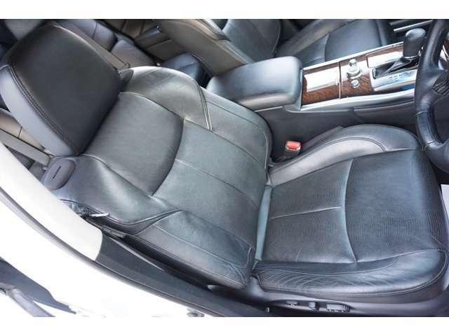 ★【黒革パワーシート】【シートヒーター&エアコン】運転席シートのコンディションをご確認下さい!!★