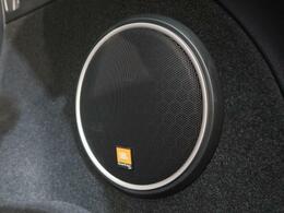 【JBLサウンドシステム】搭載で、ワンランク上の音質の音楽を楽しめます。