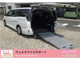 トヨタ ヴォクシー 2.0 X ウェルキャブ スロープタイプII サードシート付 スロー