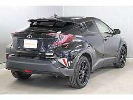 トヨタのU-Carは、ご購入後も安心のトヨタロングラン保証付きです☆走行距離無制限で1年間お車をしっかりサポート致します。別途+1年・+2年の延長保証もお選びいただけます。