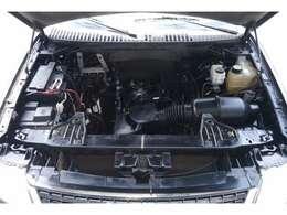エンジンルームも非常にきれいでエンジンも快調です!