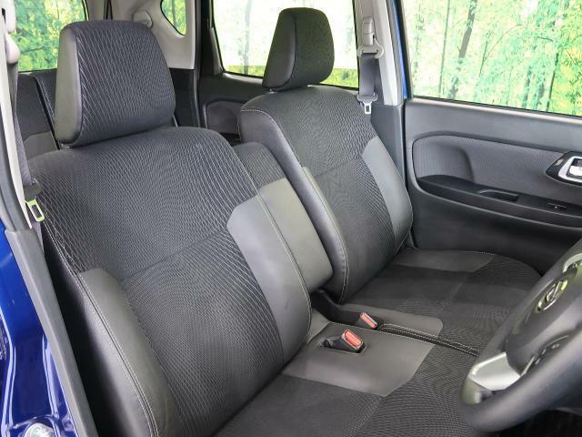 高級感たっぷりの「ブラックハーフレザー調シート」!!汚れが目立ちにくく、さらに高級感を与えてくれるので、優雅にドライブをお楽しみいただけます♪座り心地もバッチリです☆是非一度ご体感下さいませ!!