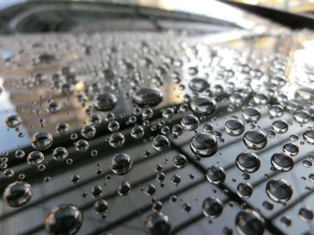 Bプラン画像:ボディーガラスコートで撥水性を上げ水垢が付きにくいボディー仕上げ!
