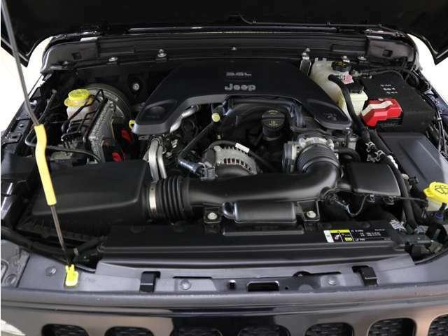 3.6L  V6エンジンでございます!