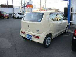 燃費は37.0km/L(JC08モード・カタログ値)低排出ガスのエコな車!