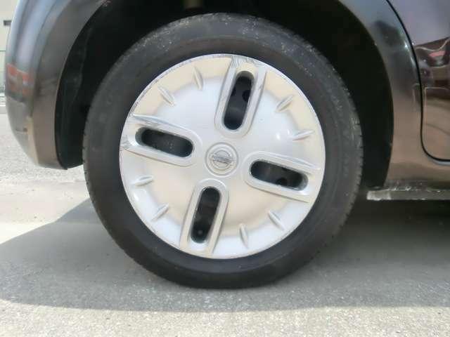タイヤ・ホイルもご確認下さい。タイヤサイズ:175/65R15・タイヤの山は十分有ります。8部山