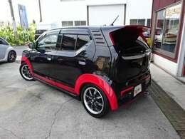 赤黒でお洒落!ワンオーナー車です!
