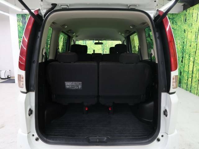 ◆広々としたなトランクルームは大きな荷物も載せることができ実用性も実感できます。