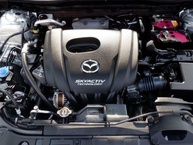 オリックス認定中古車は御納車前に全車12または24ヶ月月点検を実施しオイル、エレメント、全ワイパーゴム、エアコンフィルターは無条件で新品に交換致します。安心の充実整備です。
