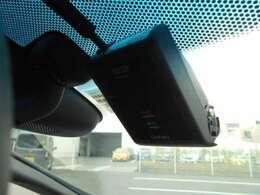 ドライブレコーダー装備してます。