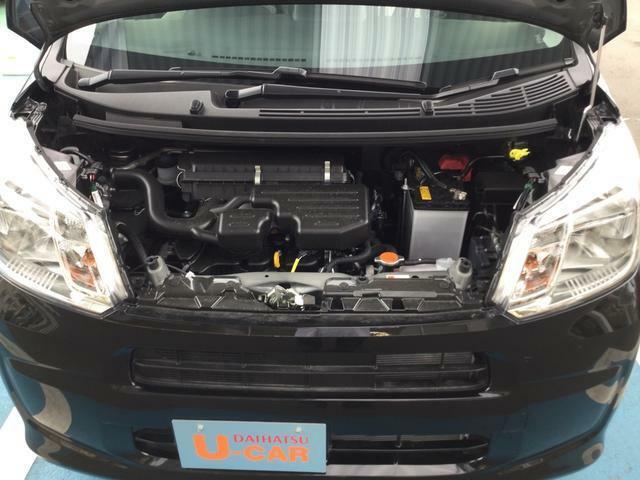 エンジンルームの汚れも綺麗にクリーニング!エンジンルームが綺麗だと、不具合等の発見もし易く、コンディションのチェックや維持の面でとってもプラスです。ここで気になることは修理しております。
