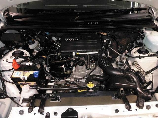 「スマイルクリーン」では、普段は見えないエンジンルームも手を抜きません! 徹底的なクリーニングとともに不具合のチェックもしていますので安心ですよ!