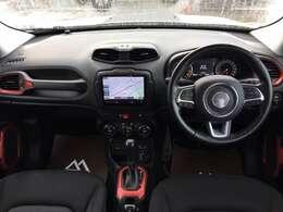 2008年のデトロイトモーターショーで発表された同名のレンジエクステンダー搭載のコンセプトカーが源流です。