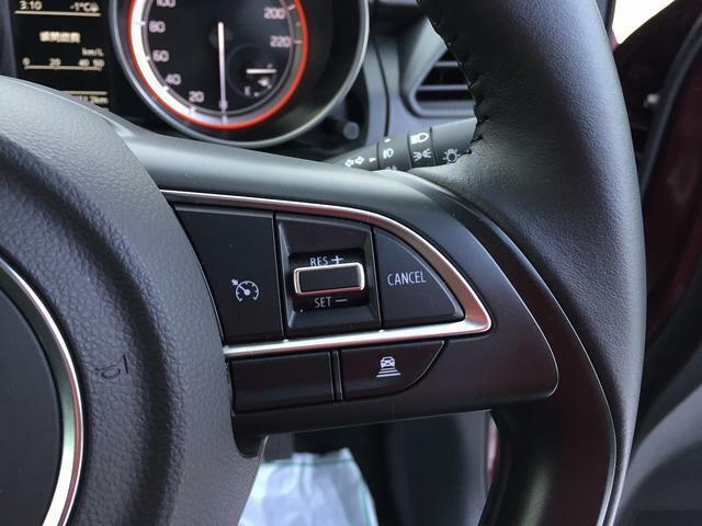前車との車間距離を保ちながら走行してくれるアダプティブクルーズコントロールは、高速道路や長距離運転で活躍