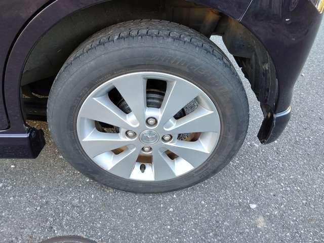 タイヤは6~7分山あり、まだまだ大丈夫です☆