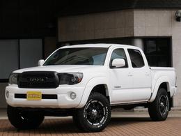 米国トヨタ タコマ ダブルキャブ 4.0 V6 4WD