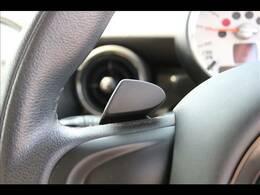 【パドルシフト】高速道路走行時など、エンジンブレーキを使用する際には便利なシフトです。