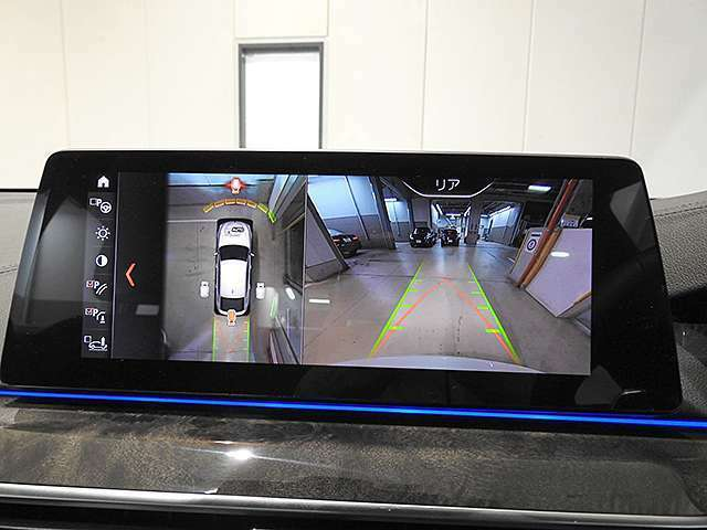 全周囲カメラと障害物センサー(PDC)装備で、駐車をサポート