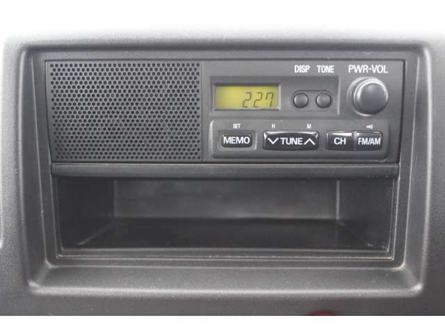 【内装】ラジオも付いてます!
