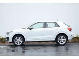 ■Audi認定中古車保証制度■当店の車両は全ての車両に新車保証を含むAudi認定中古車保証がございます。お選び頂くお車によって初度登録から5年の長期保証で安心のAudiライフをお楽しみ頂けます。