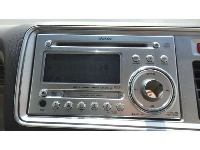 純正オーディオ CD AM/FMチューナー
