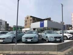 登録済未使用車、試乗車、下取車の中から厳選された車を展示しています。ぜひお気軽にご来店くださいませ。