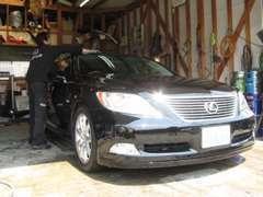 当店のこだわりの1つである、車の仕上げは定評を頂いております。中古車だからこそ、整備や仕上げにはこだわっています。