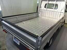 しっかり積める広い荷台スペース!