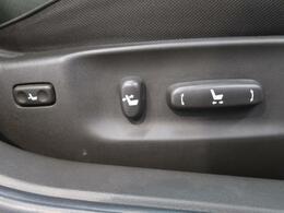 ●【電動パワーシート】装備で細かい座席セットも可能です☆自分だけのポジションを見つけて下さい!
