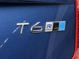 AWD(4WD)モデルで悪路もお任せ下さい
