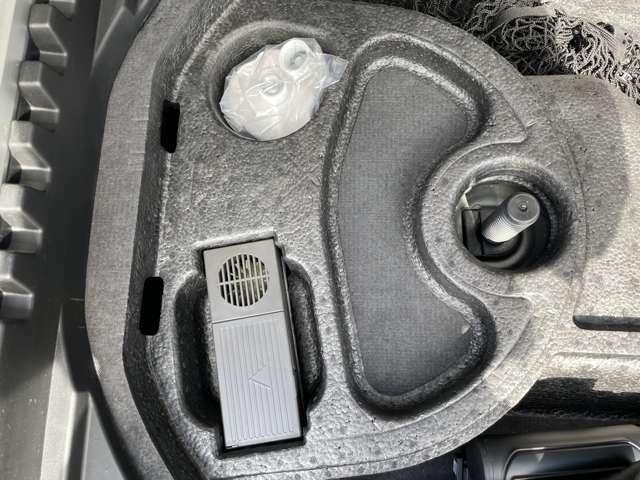 車載工具完備で万が一の場合にも安心です♪