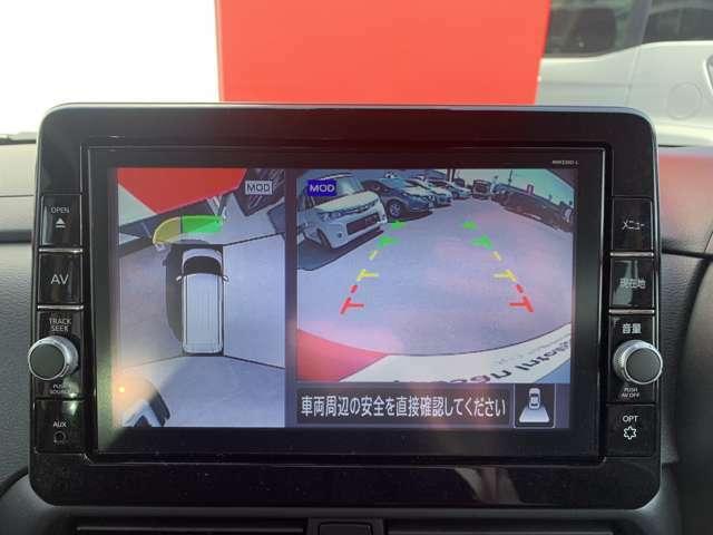 全周囲モニター付きで駐車も簡単に行えますよ