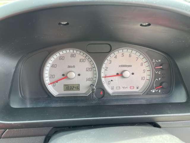 走行距離10万キロを超えておりますがタイミングチェーンですのでご安心してお乗り頂けます。